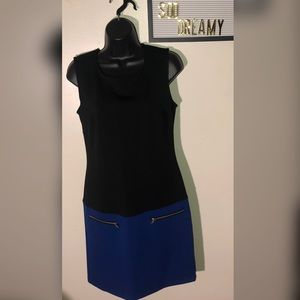 VALERIE BERTINELLI Black & Blue Dress